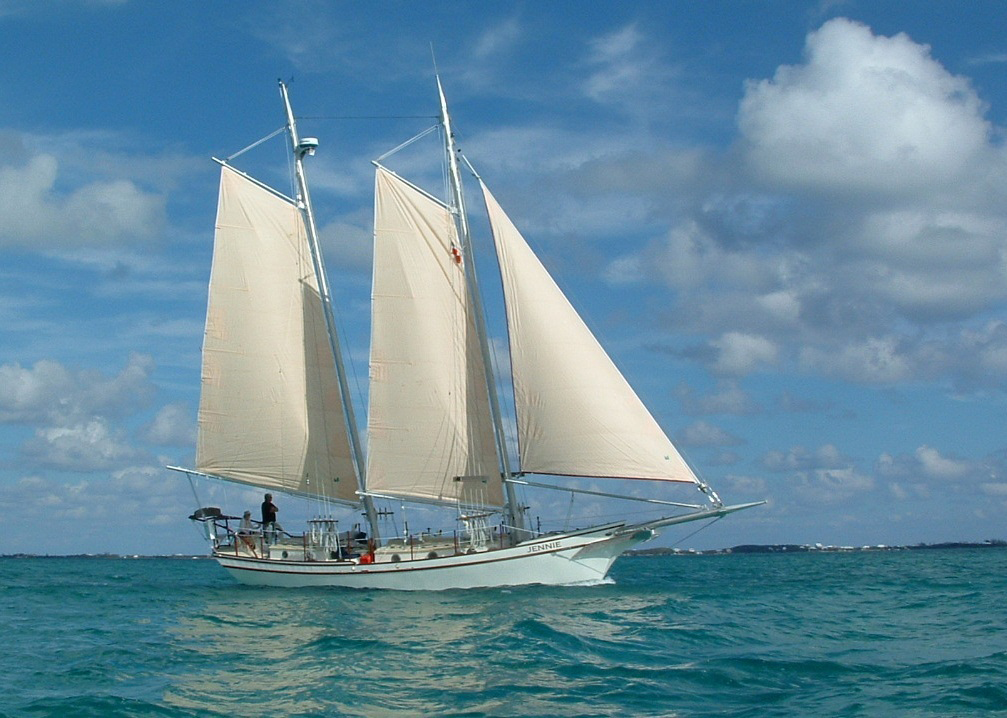 44' Schooner REDPATH Under Sail
